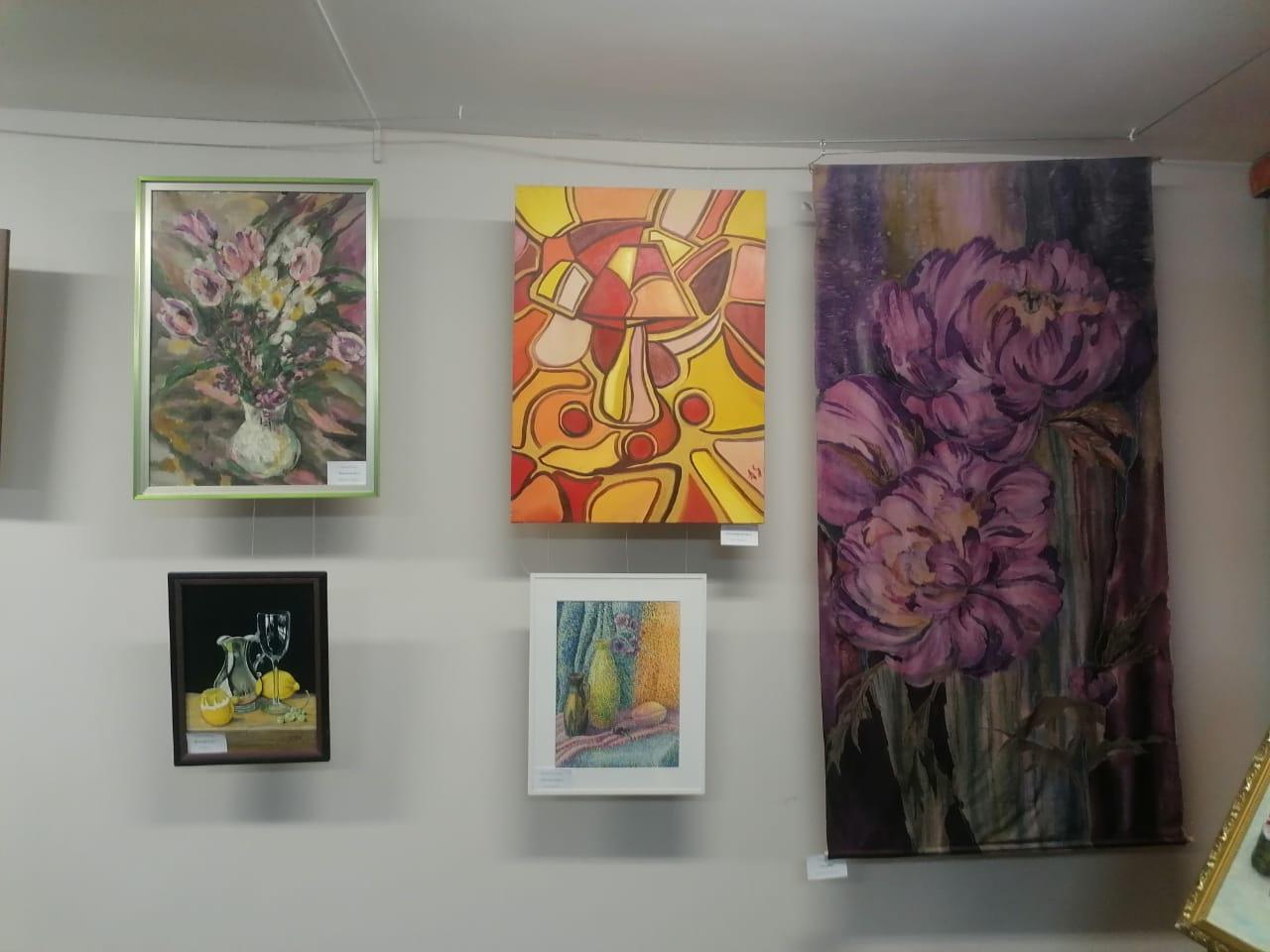 В Теплом Стане прошла выставка «Свободный художник»