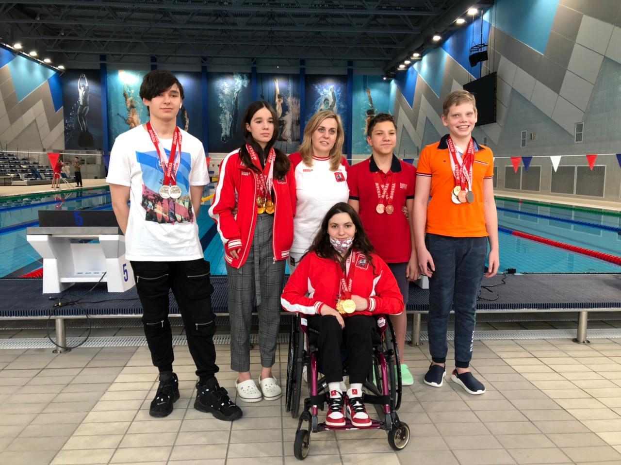На первенстве Москвы пловцы «Самбо-70» завоевали 11 золотых наград